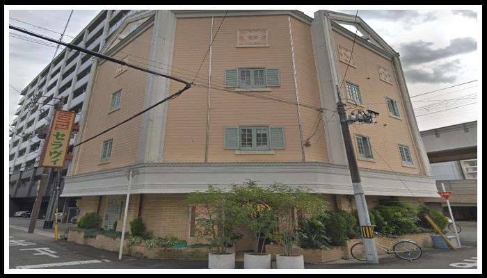 セラヴィ 大阪城北詰店